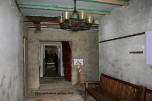 2012 Flur vor Restaurierung